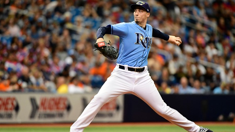 Blake Snell pitching